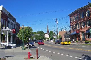 800px-Downtown_Fishkill,_NY