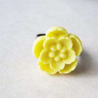 Yellow_flower_ring